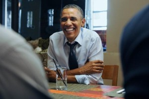 Obama Has Lunch With Campaign Contest Winners